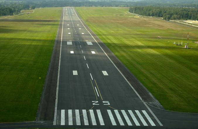 airstrip-1449012